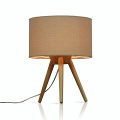 Modern Design 1 Light Wooden Tripod Table Lamp with Linen Shade
